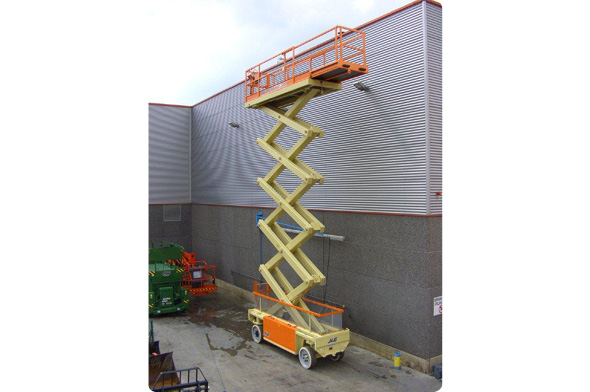 The 15E Electric Scissor Lift from Bella Access